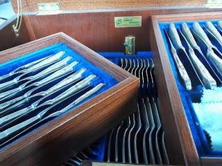 Mueble de cubeetería en el desembalaje de Arriondas