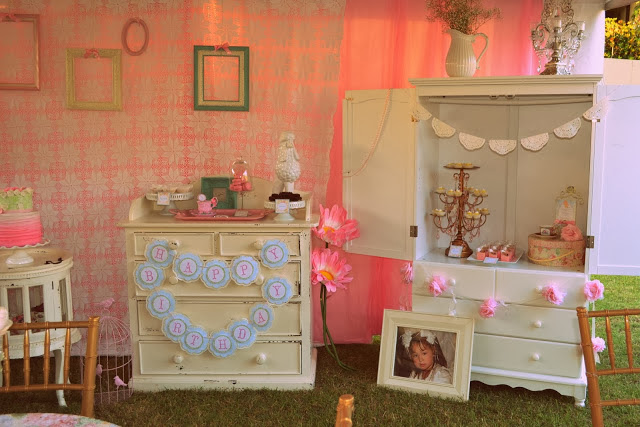 A Vintage & Shabby Chic Party