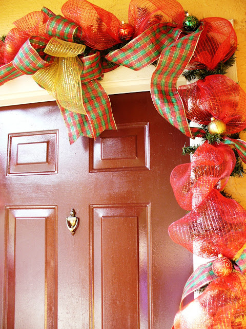 How To: Beautiful Christmas Door Garland
