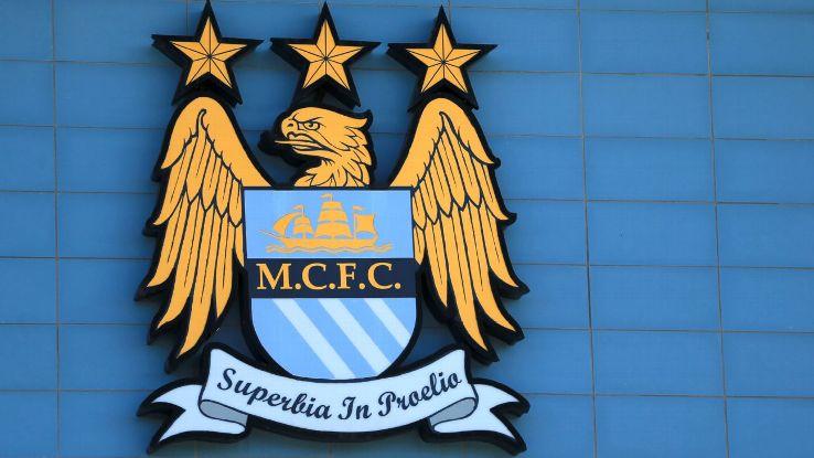 Fan Futebol: Inglês - Revelado o novo escudo do Manchester City