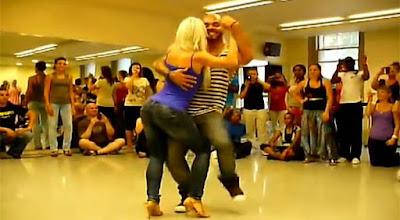 Αισθησιακός χορός Kizomba από την Sara Lopez!!!