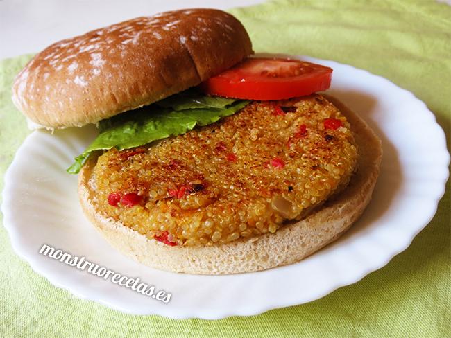 Hamburguesas vegetales de quinoa y pimiento rojo
