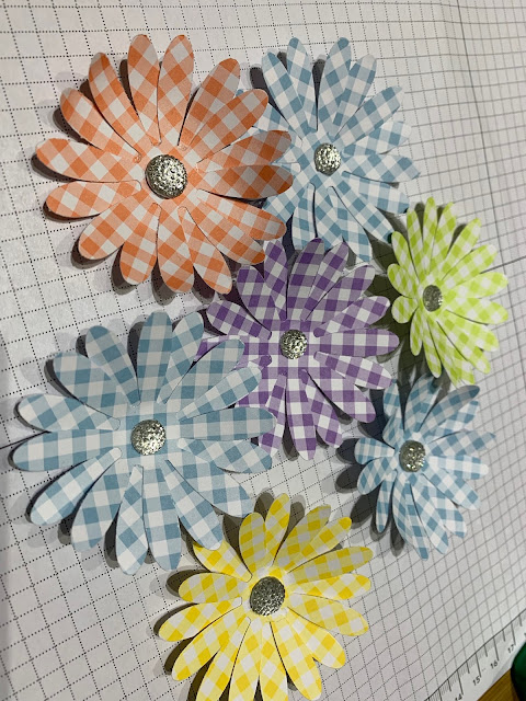 Daisies made using Gingham Gala papers and the Daisy Punch from Stampin' Up!