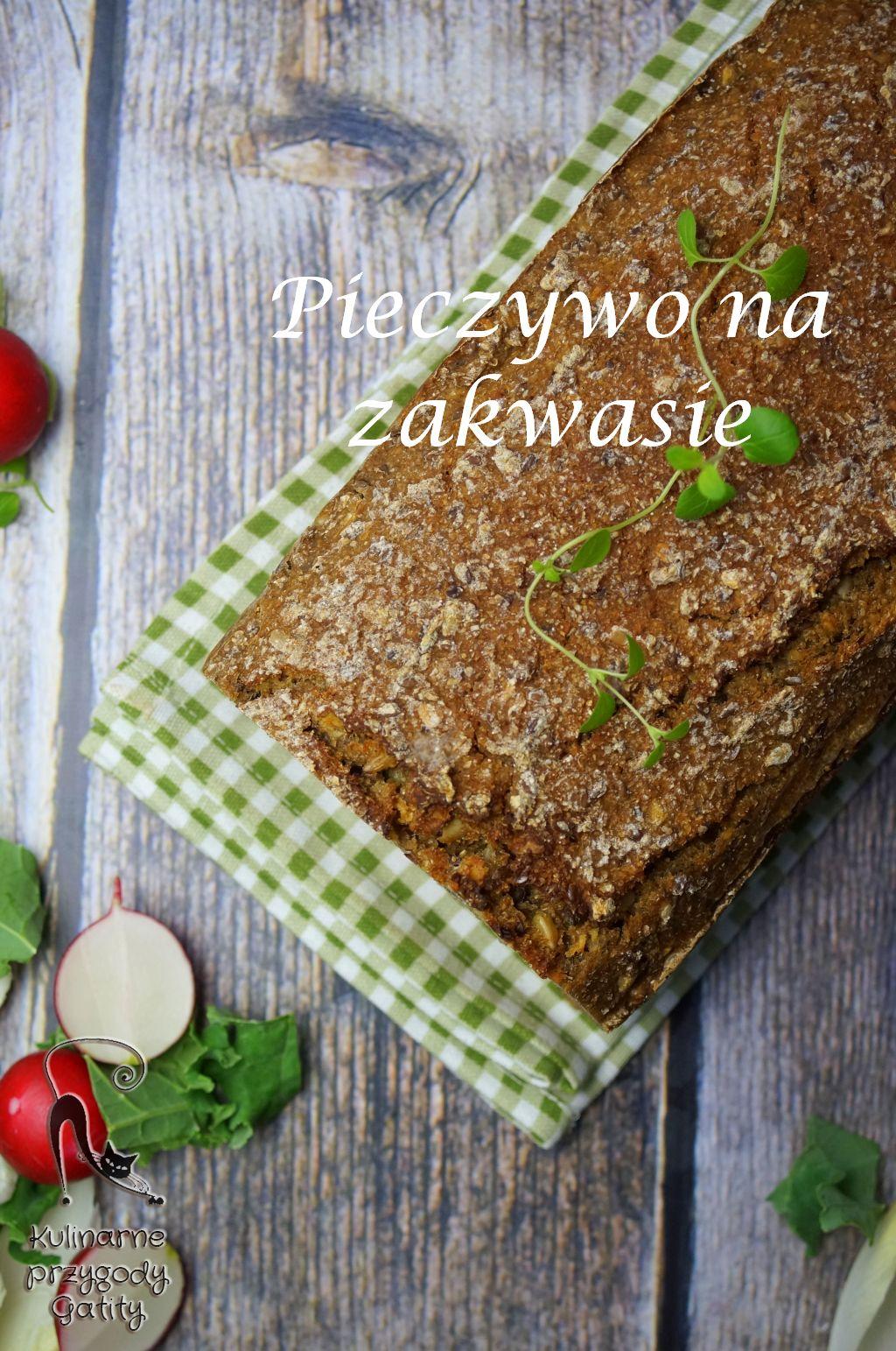bochenek-chleba-z-ziarnami