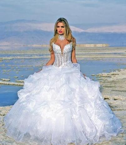 summer wedding idea sexy corset wedding dresses turn the