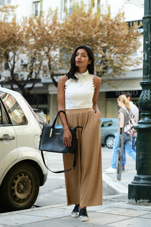 How to wear pleated culottes in Fall