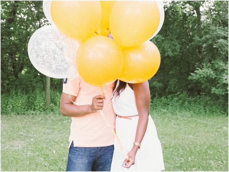Scrabble-Balloons-Photoshoot
