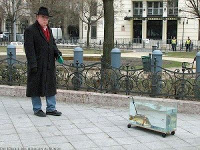 Motivations Bilder mit Fische spazieren gehen lustiger Opa