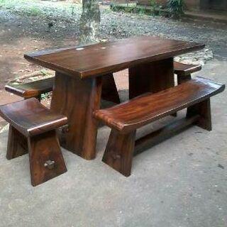 kayu suar atau trembesi