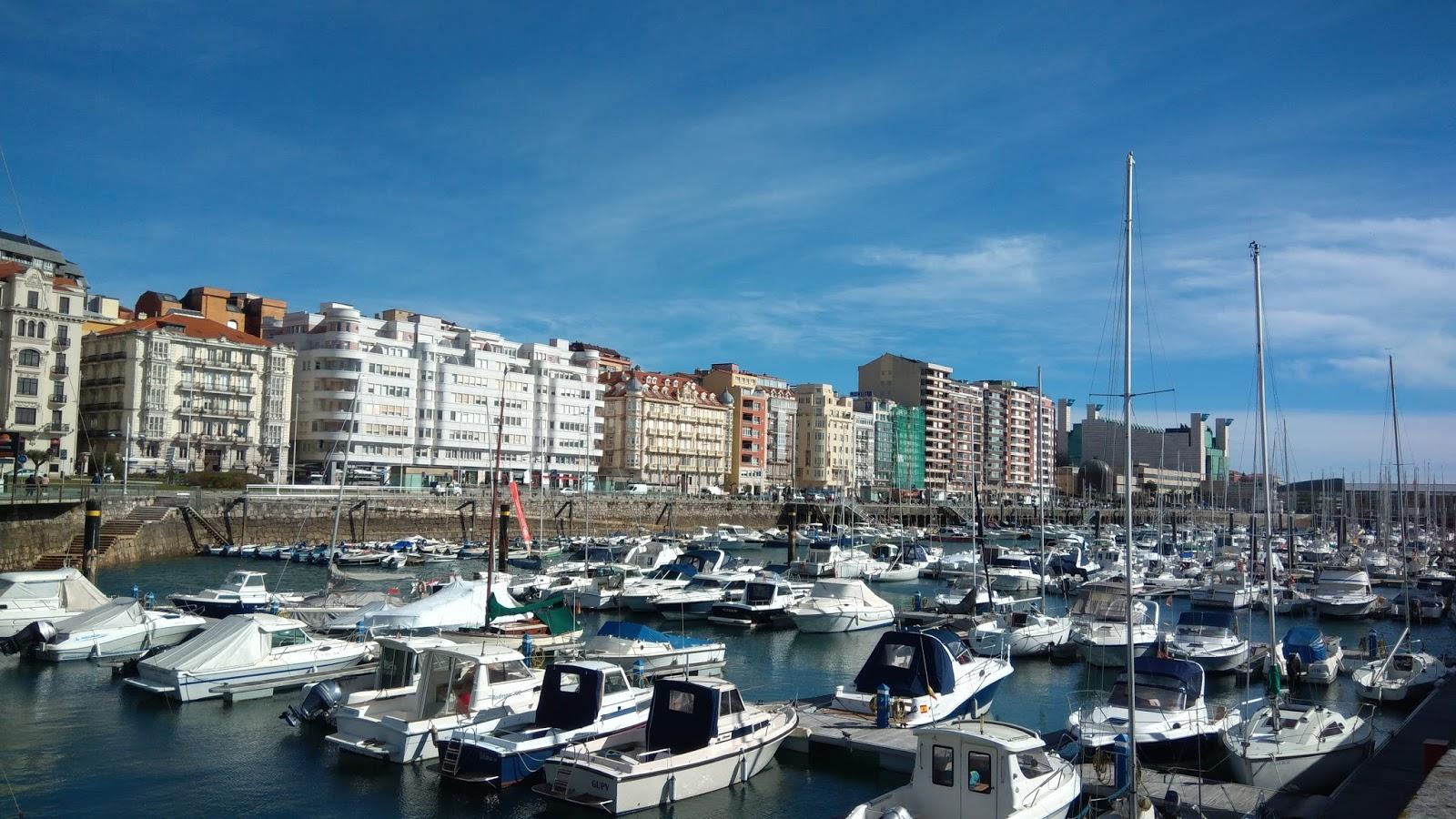 Przystań jachtowa w Santander