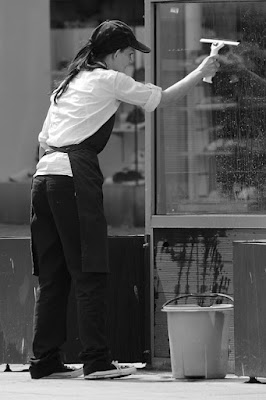 Keuntungan Menyewa Jasa Cleaning Service untuk Kantor