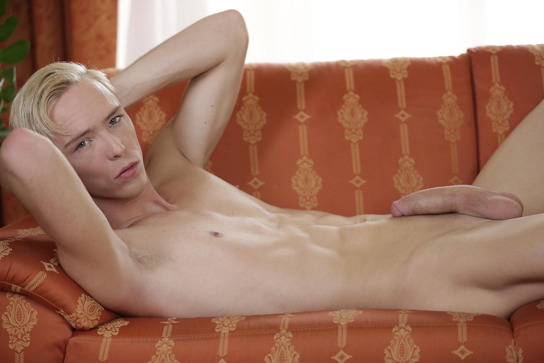 Dutch threesome in hotel room - 2 7