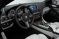 new 2012 BMW M6 Cockpit official press picture