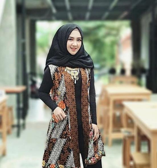 50 Model  Baju  Batik  Terpopuler 2019  Tips Tampil Cantik