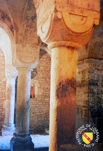ESLEY (88) - Crypte romane