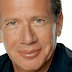 Garry Shandling's doctor refuses to sign death certificate