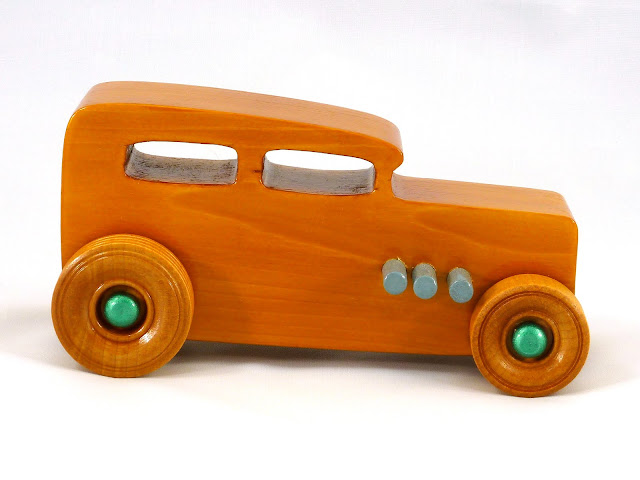 Right Side - Wooden Toy Car - Hot Rod Freaky Ford - 32 Sedan - Pine - Amber Shellac - Metallic Green - Gray