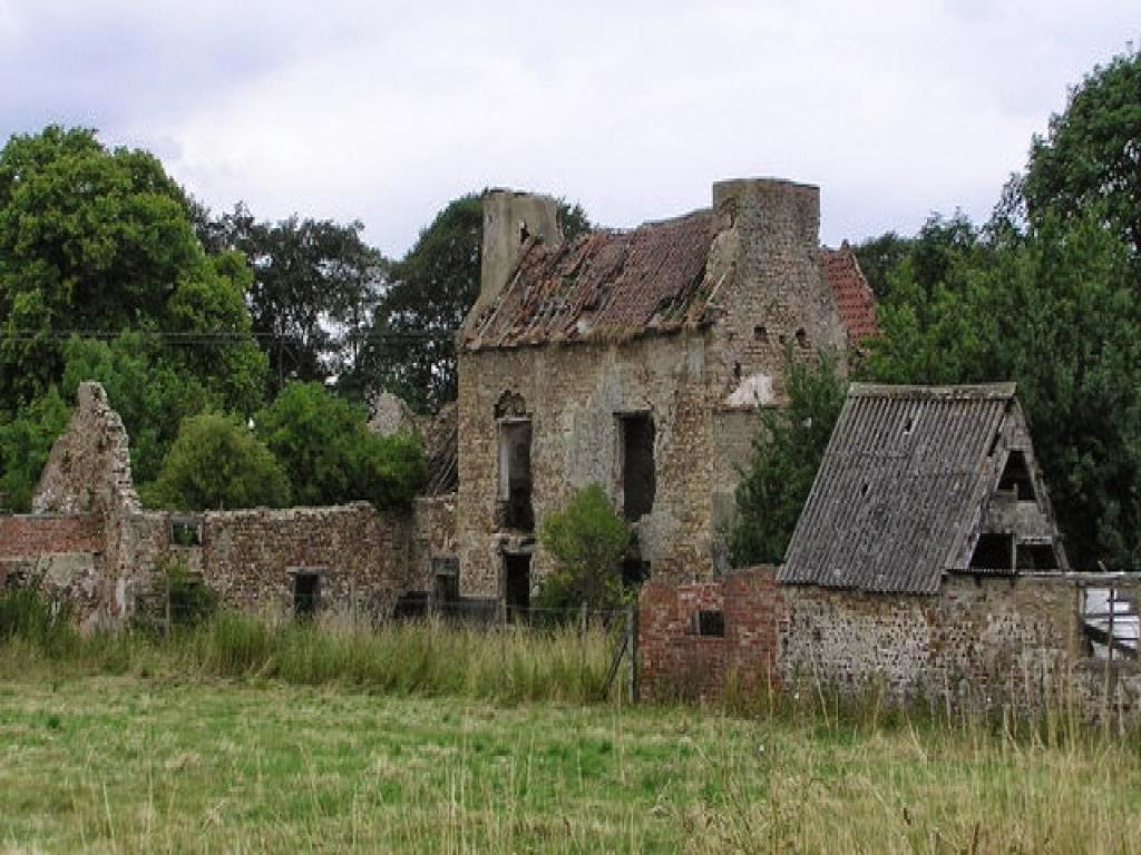 The Old Farmhouse Darlington Wreck Of The Week Former Farms For Sale Darlington And Wales