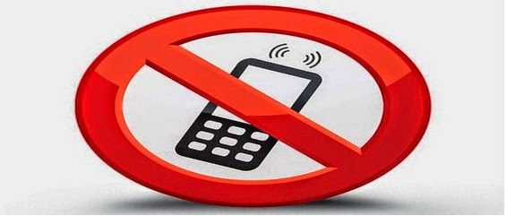 Alasan Utama Kenapa Dilarang Menyalakan HP di Pom Bensin