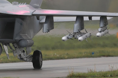 Raytheon AIM-120C-7 AMRAAM