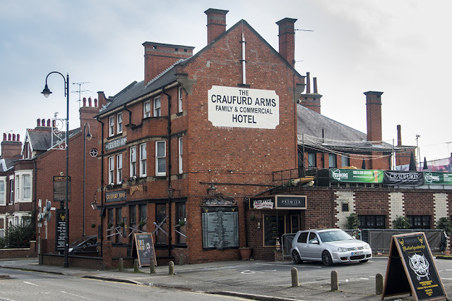 Craufurd Arms Pub in Wolverton