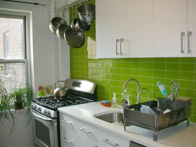 motif keramik dinding dapur yang kreatif