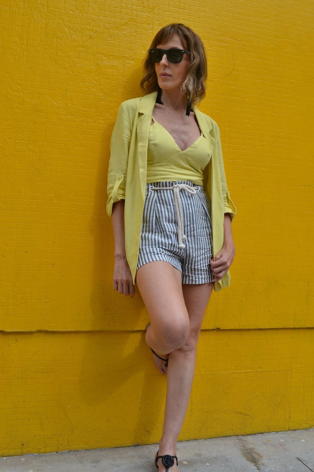 look com amarelo