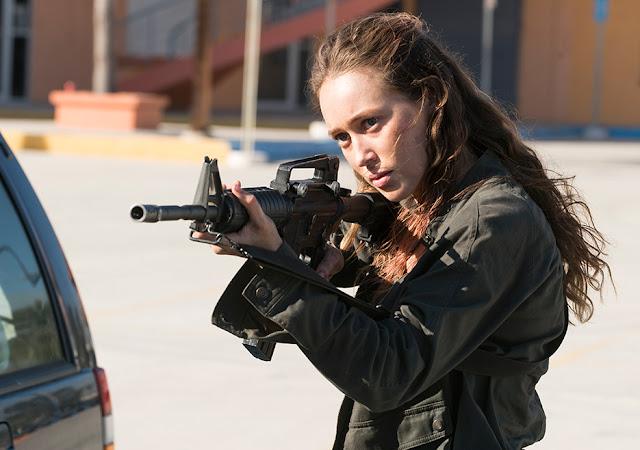 Alicia Clark (Alycia Debnam-Carey) nell'episodio 14