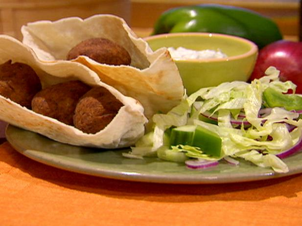 Falafel Sandwiches with Sesame Mint Yogurt Sauce