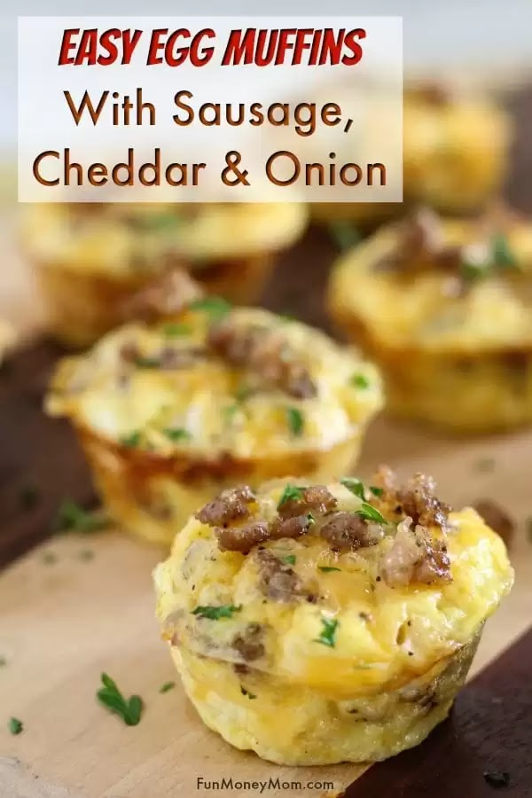 EGG MUFFINS WITH SAUSAGE, CHEDDAR AND ONION #Egg #Muffins #Cheddar #Onion #HealthyFood #Breakfast