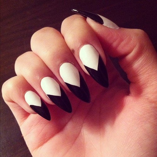 Stiletto Nails Black Designs