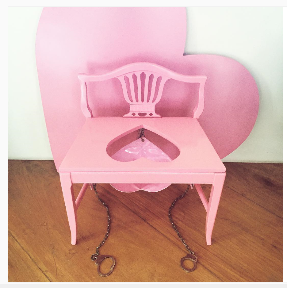 how to make a queening chair