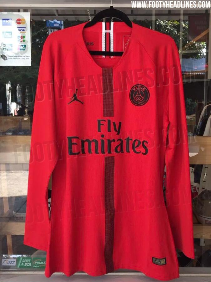 257b0d7a443 The Jordan PSG 2018-19 goalkeeper football kit is of a pinkish red base  color with black trim and a tricolor detail on the back neck tape,  mirroring what ...