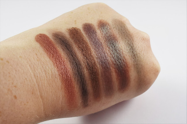 Sleek i-Divine Goodnight Sweetheart Palette swatches