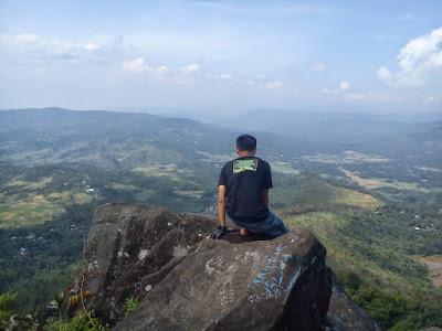 gunung mendelem