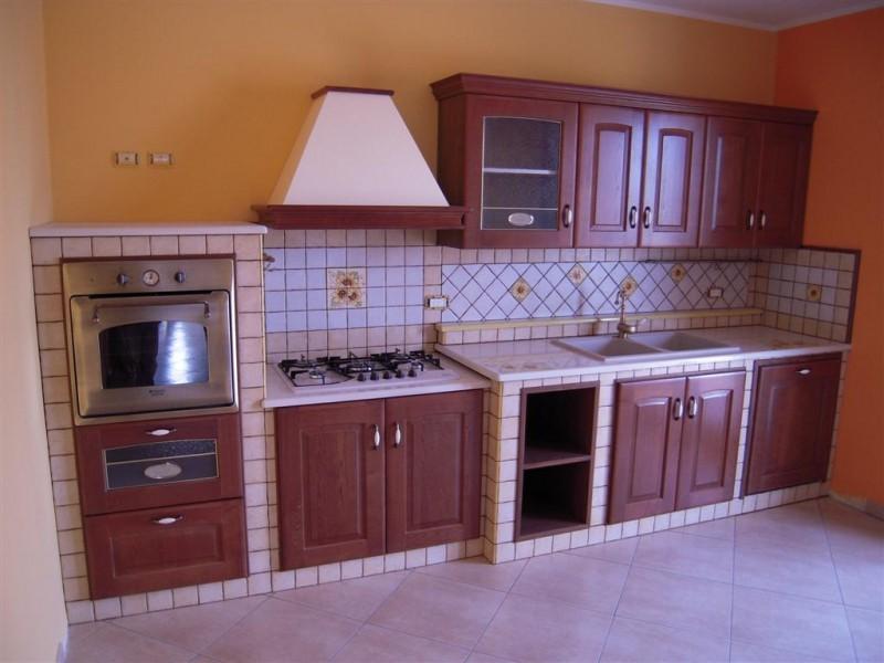 Come costruire una cucina in muratura - Edilizia in un click