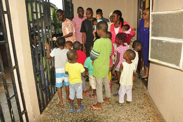 Photos: Edo State Govt evacuate 15 children from Orphanage Home where Elo Ogidi was taken, 3 other undocumented children found in the facility