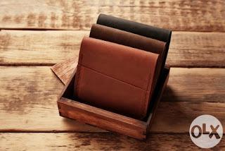kerajinan dompet dari kulit