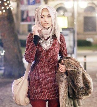Kiat Memilih Model Baju di Situs Belanja Online
