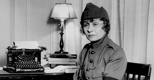 Oz Typewriter Peggy Hull Pioneer War Correspondent
