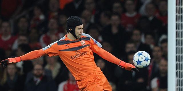 Wright Kritik Keputusan Wenger Coret Cech