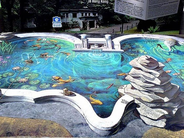 Stunning 3-dimensional drawings on asphalt