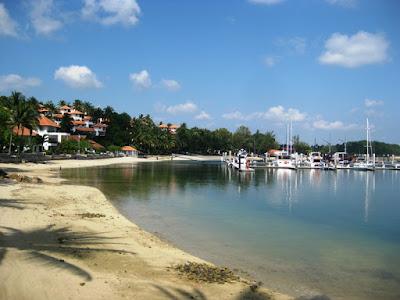 Obyek Wisata Pantai Marina Batam