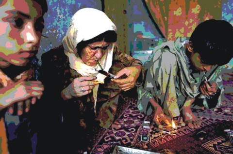 use-of-drugs-by-ladies-in-pakistan-article-خواتین میں نشے کا بڑھتا ہوا رجحان