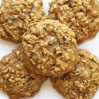 Healthy Oatmeal Breakfast Cookies (Gluten free!)
