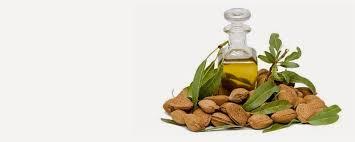 imagen con frutos secos y aceite de oliva