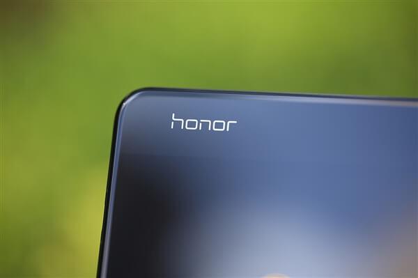 موعد اصدار هاتفي Honor V20 و Honor 11