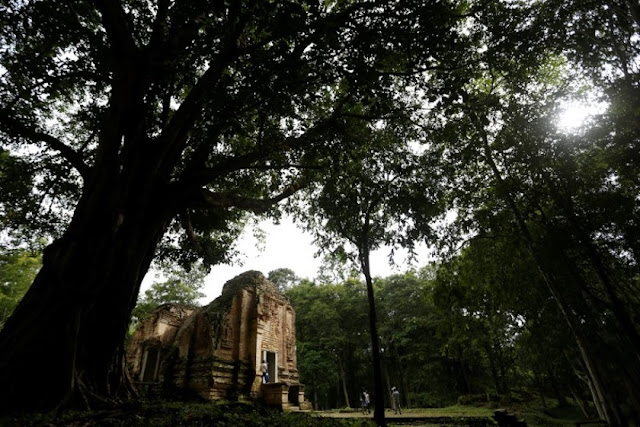 Bombed and looted ancient Cambodian city poised for rebirth