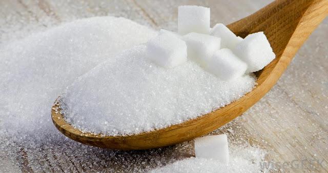 WASPADALAH BUNDA...!!! Ibu Menyusui yang Banyak Mengonsumsi Gula Berakibat  Dampak pada Anak