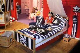 Dormitorio tema piratas
